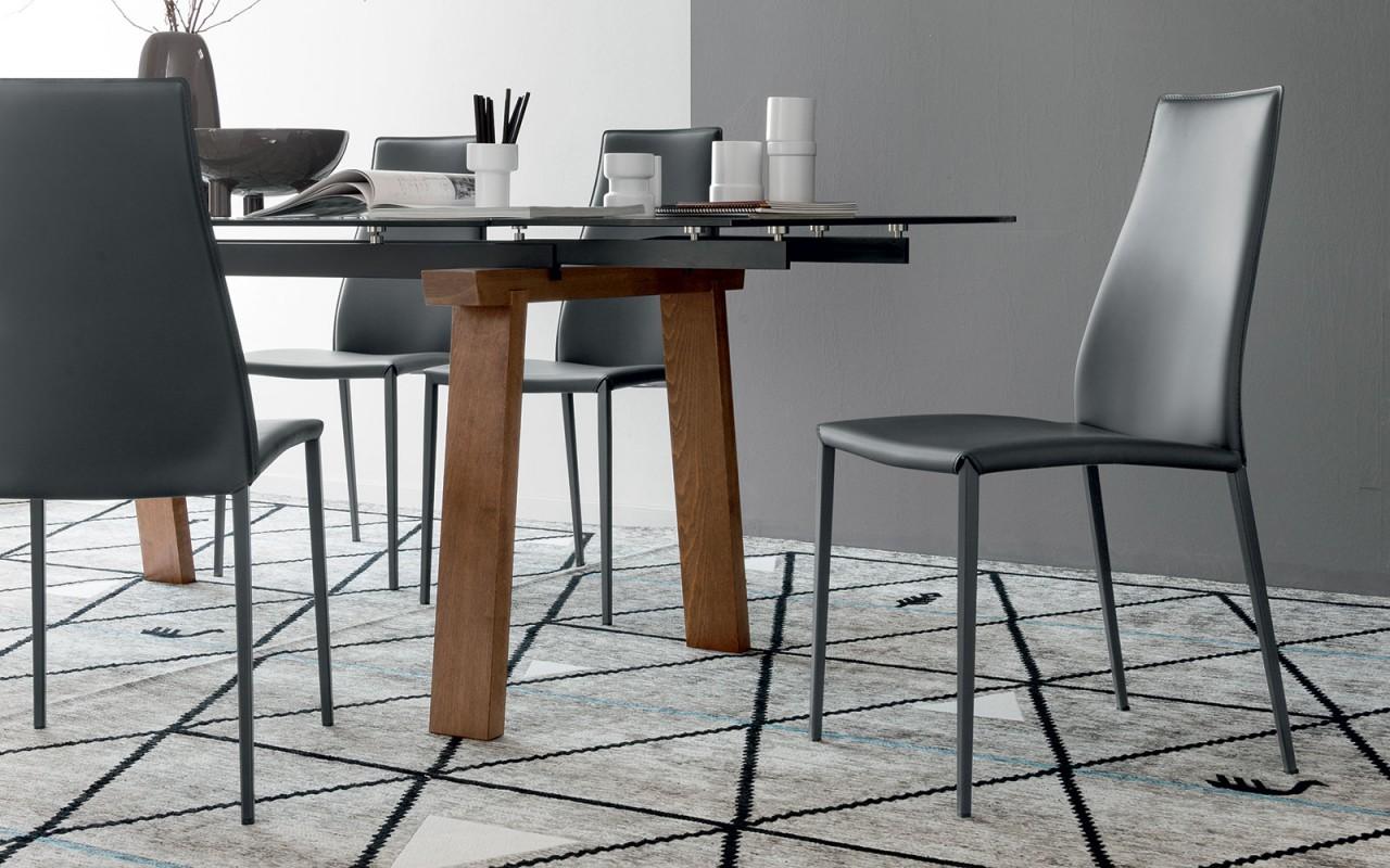 Sedie Schienale Alto Design : Sedie imbottite la comodità e l estetica di una seduta imbottita