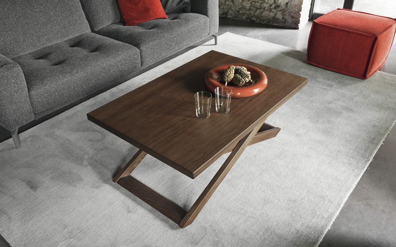 Sottosopra tavolino trasformabile spazio ingegno for Arredamenti traiano