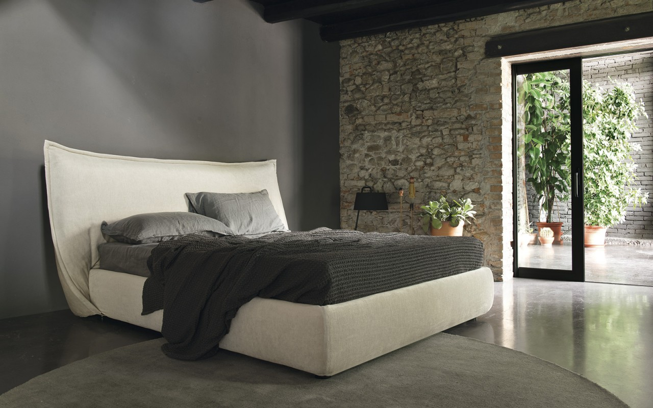 Softly letto mobili zona notte torino calligaris for Mobili zona notte